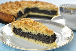 Dvora's mother often made this traditional Polish XX, or poppy seed cake - it was a family favorite